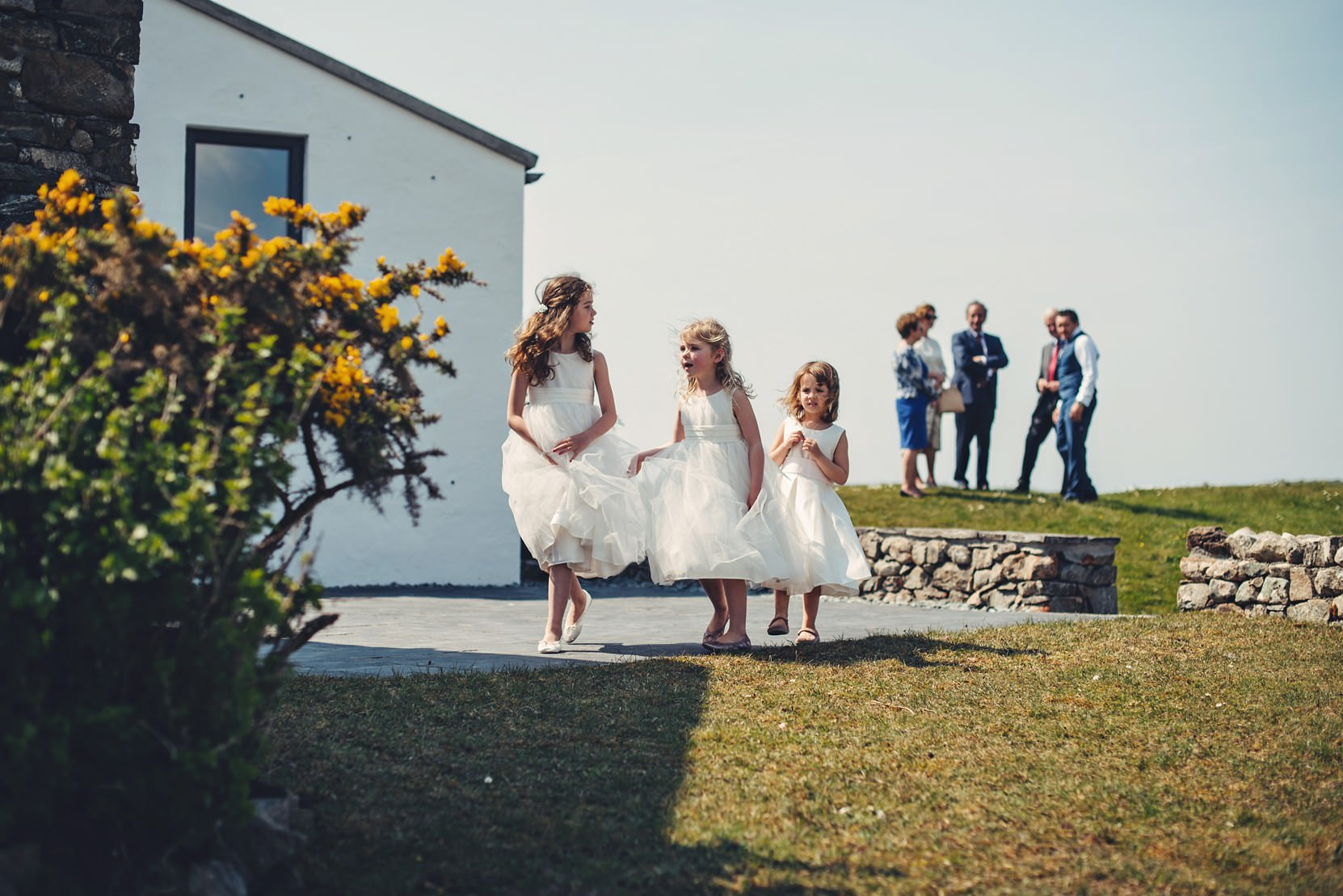 Clifden-Wedding-Outdoors_0084