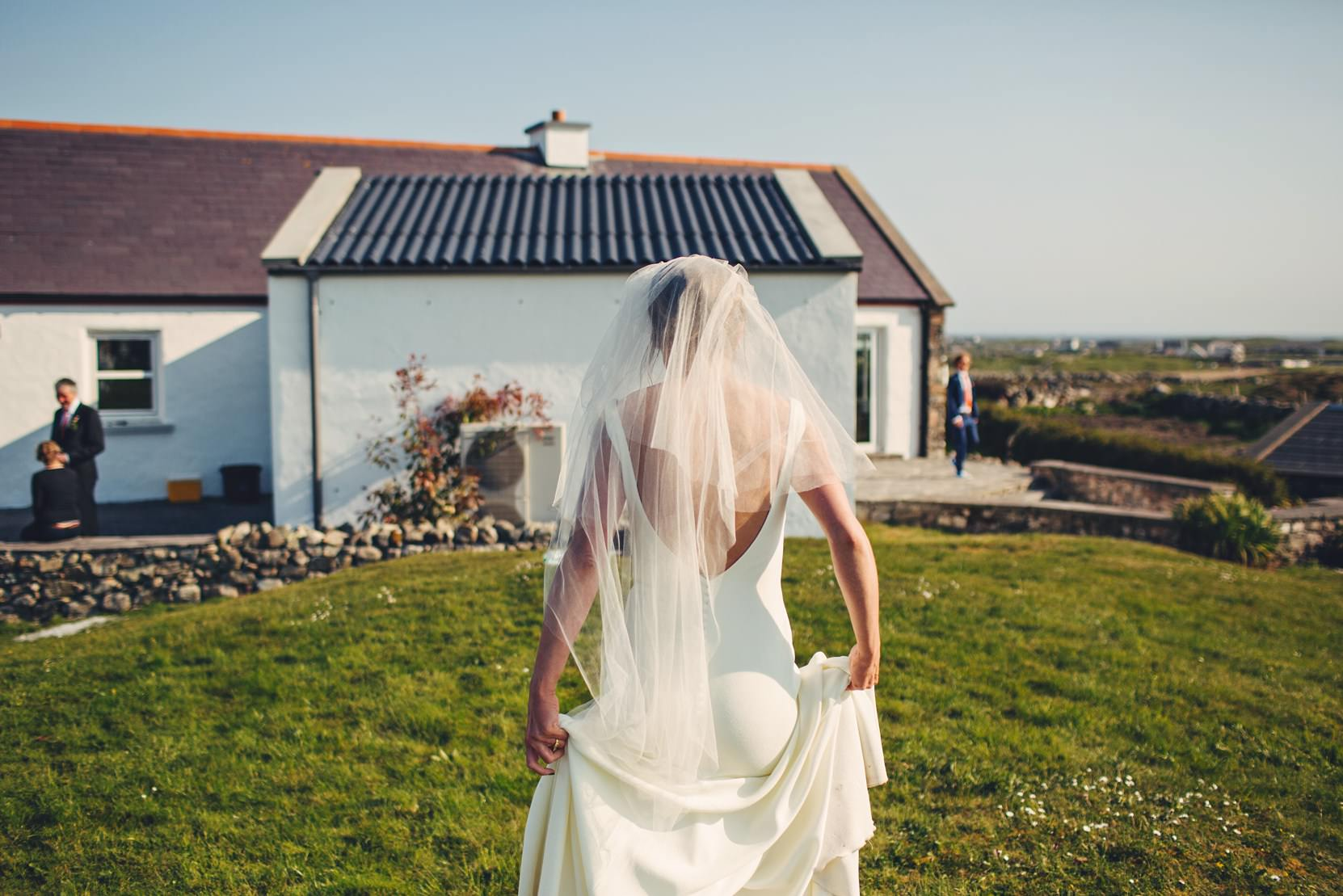 Clifden-Wedding-Outdoors_0172